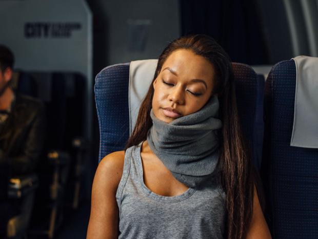 travel-pillow-lifestyle.jpg